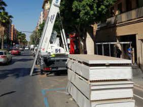 grúas elevación por fachada placas pladur reformas